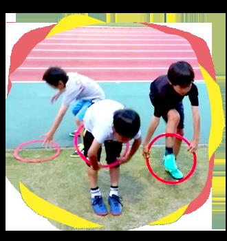 ナラックスでは子どもたちに楽しく運動してもらえるよう経験豊かなスタッフが指導いたします。