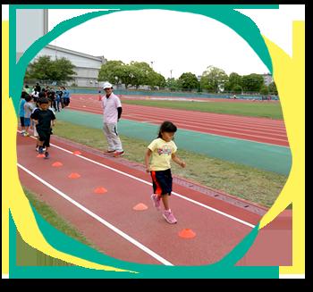 スタッフによる競技経験や指導経験を活かし、子どもたちが楽しく運動ができるよう工夫されたトレーニングプログラムを組み指導いたします。